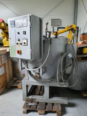 Hindenlang SLE-100 crucible furnace O1737, used